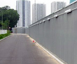2.4m high hoarding with footing sealed by cement grout